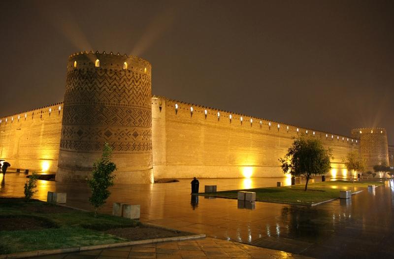 کلانشهر شیراز